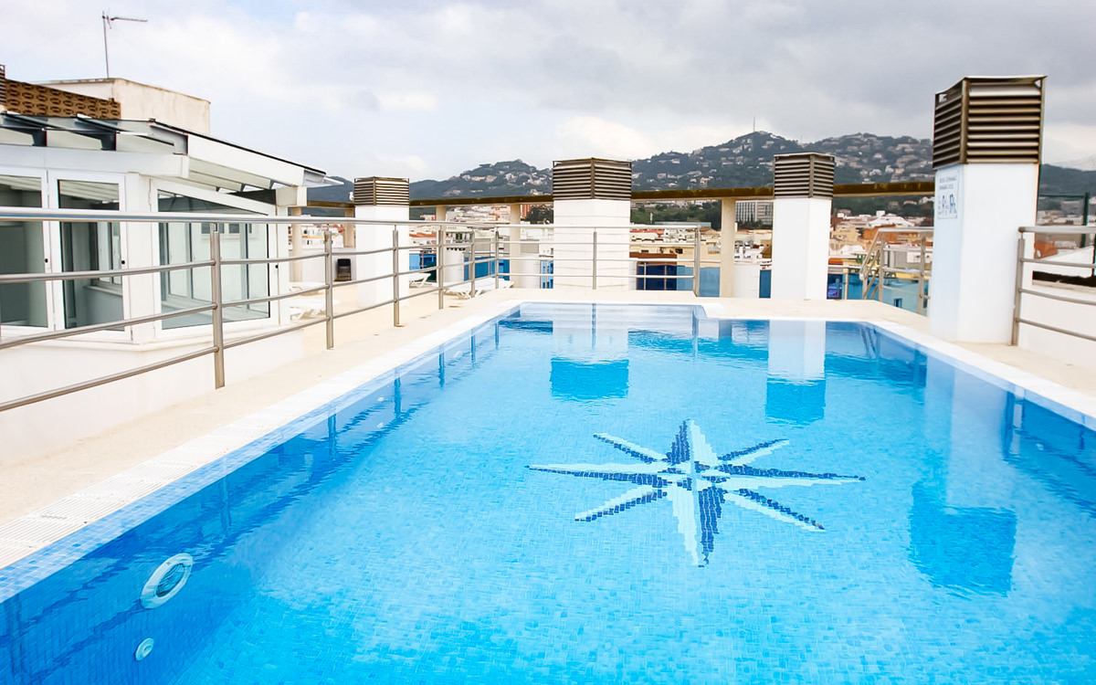 Apartment Blau - Lloret de Mar - Dachpool